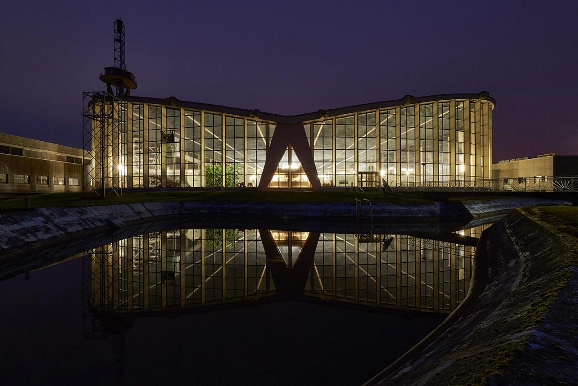 War zur Fertigstellung 1955 die größte Betonhalle mit hängender Decke weltweit: die Sendehalle in Felsberg (Bild: Marco Kany)