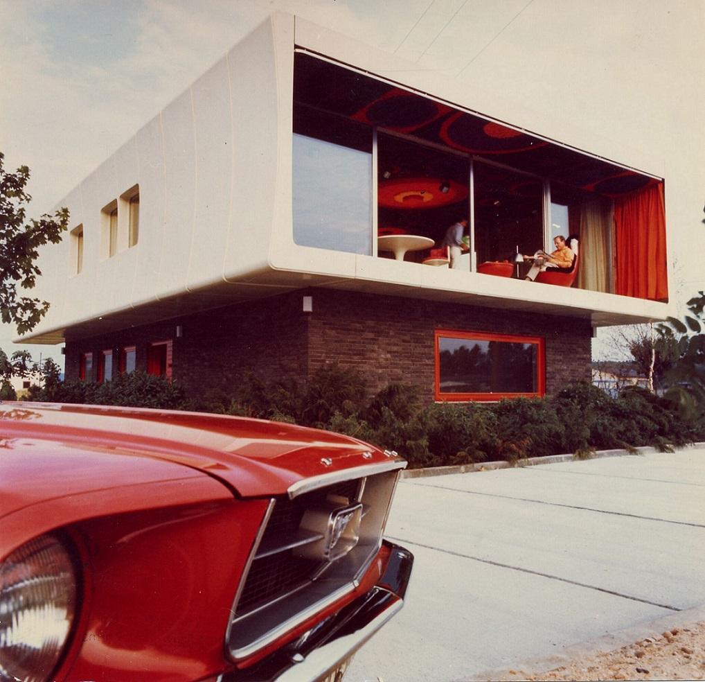 Das moderne Kunststoffhaus für den modernen Menschen (Bild: W. Feierbach)