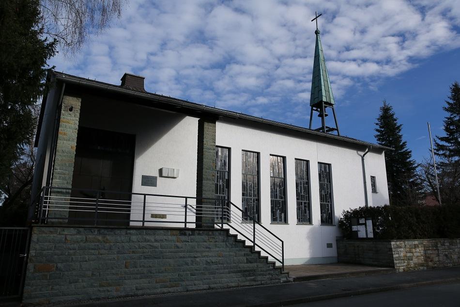 Geseke, Martin-Luther-Kirche (Bild: historische Postkarte, via evangelisch-in-geseke.de)