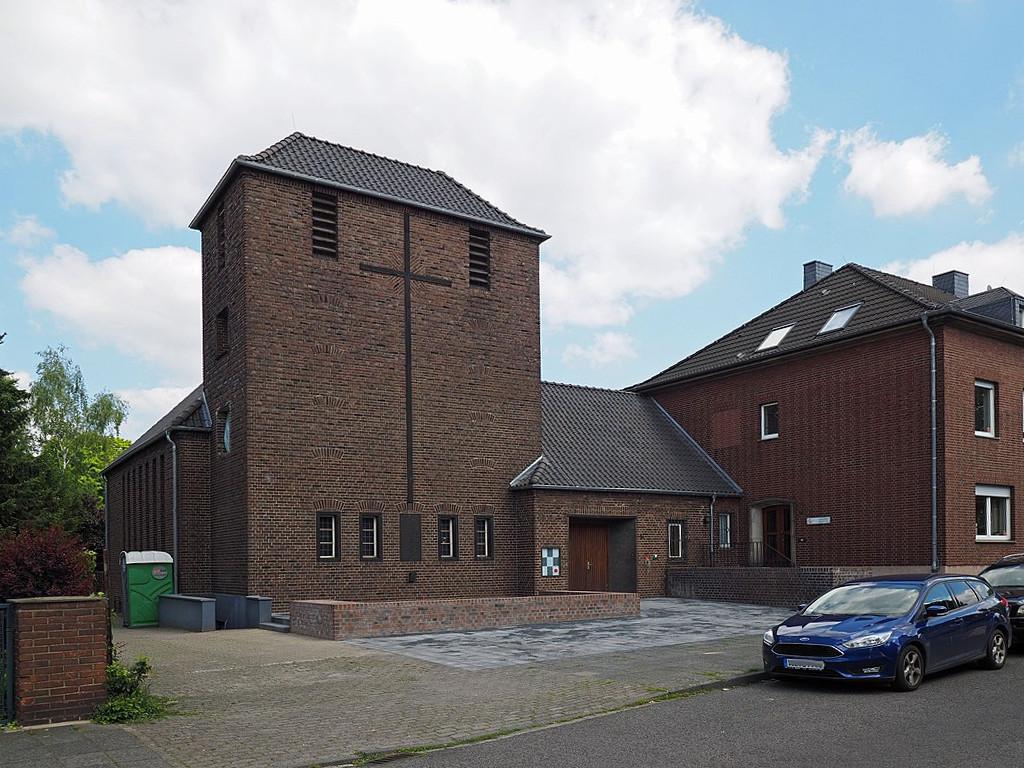 Krefeld-Oppum, Kreuzkirche (Bild: Rudolfo42, CC BY SA 4.0, 2019)