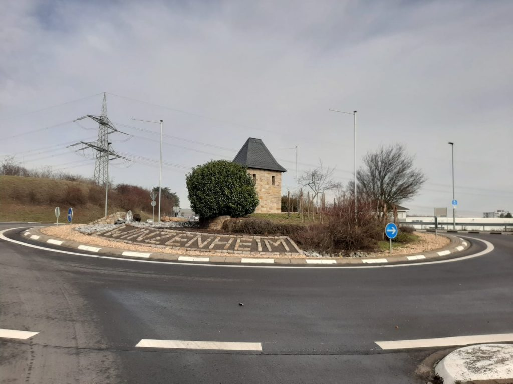 Straßenkreisel bei Bad Kreuznach (Bild: D. Bartetzko)