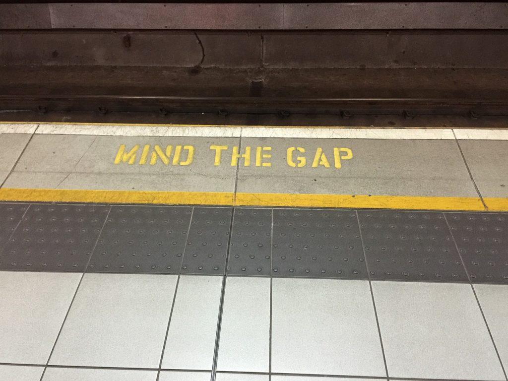 Mind the Gap (Bild: via pixabay.com)