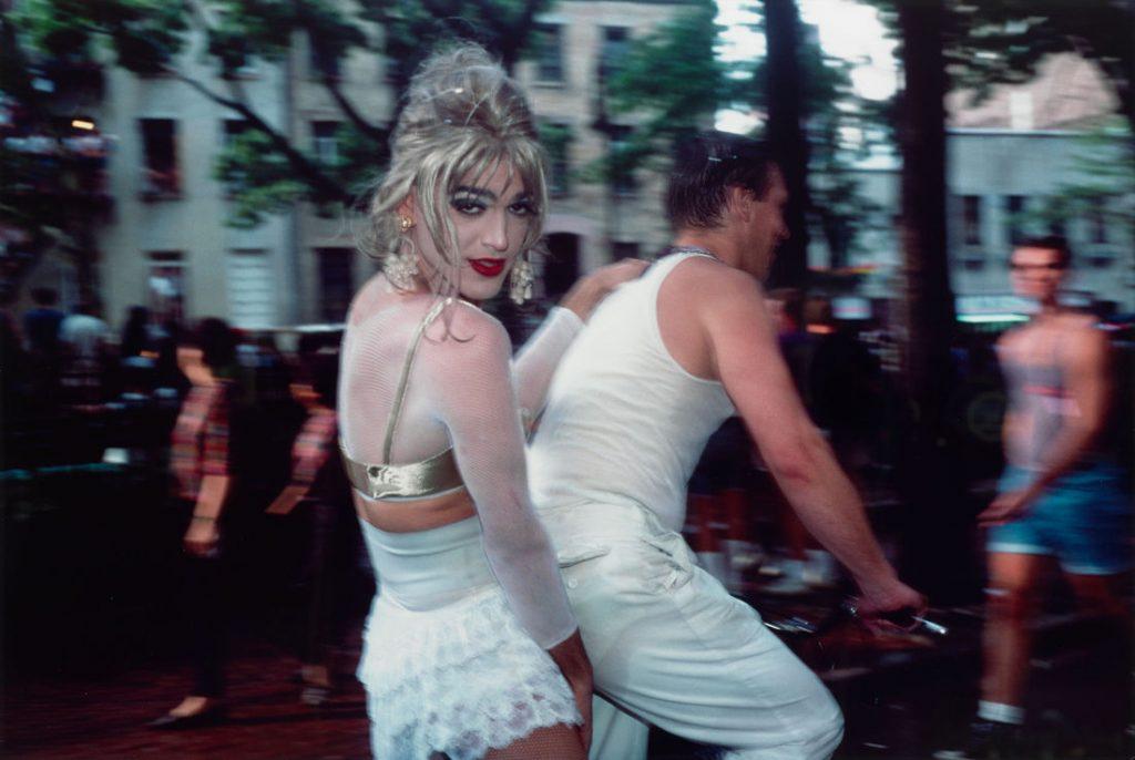 Nan Goldin: Jimmy Paulette auf Davids Fahrrad, NYC, 1991, 1991 (Bild:  Silberfarbstoffbleichverfahren, Albertina, Wien - The ESSL Collection © Nan Gold