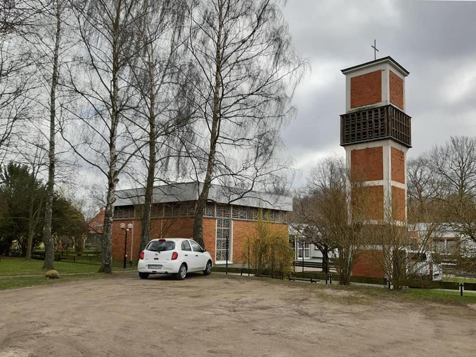 Stralsund-Knieper West, Ev. Gemeindezentrum (Bild: K. Berkemann, 2021)